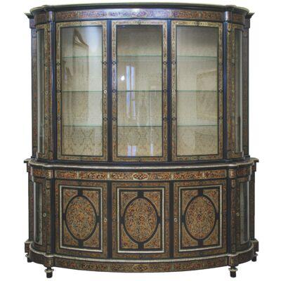 Intarziás, félkör alakú szekrény