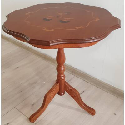 Olasz virágos tetejű kisasztal